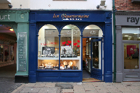 Ian Quartermaine Jewellers & Goldsmith